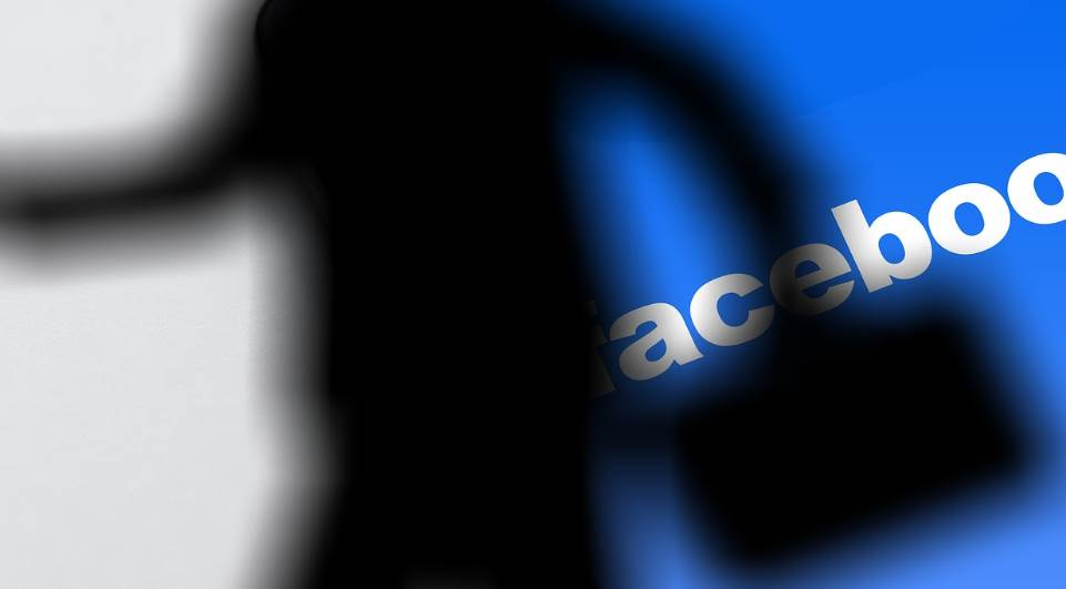 Documentos do Facebook revelam que a empresa negociou dados de usuários