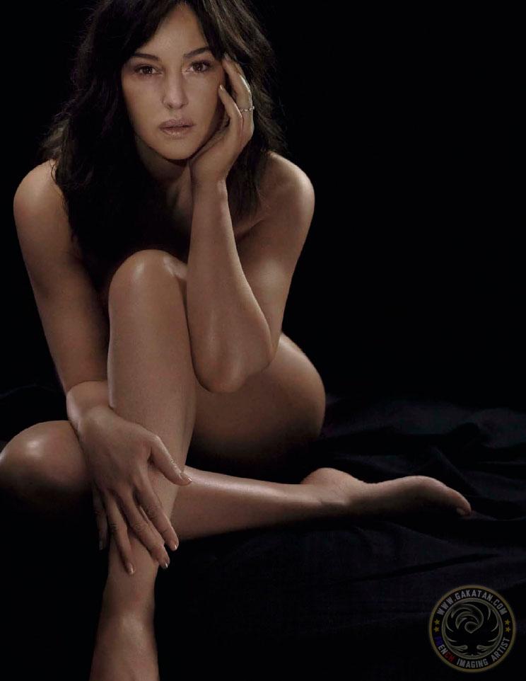 Monica bellucci nuda foto vagina think, that