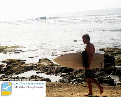 tour minat khusus surfing pantai tanjung setia