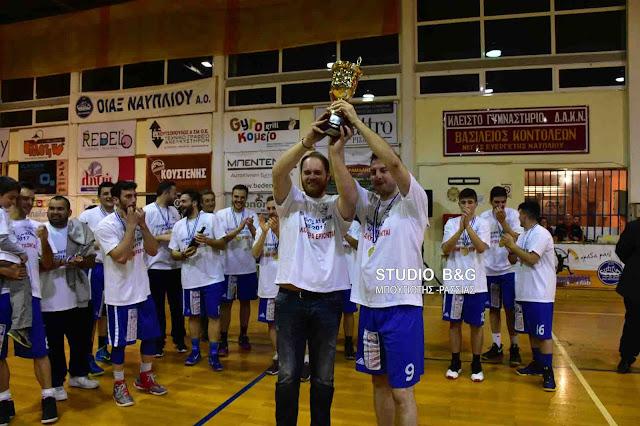 Σήκωσε το κύπελλο του Πρωταθλητή Α1 ΕΣΚΑΚ 2016-2017 ο Οίακας Ναυπλίου (βίντεο)