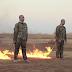 Ανατριχιαστικό ΒΙΝΤΕΟ - Τζιχαντιστές πυρπολούν δύο Τούρκους στρατιώτες