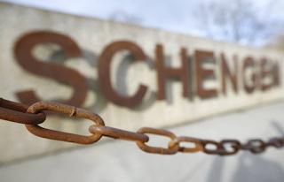 «Σκληραίνει» η Σένγκεν – Οι νέοι κανόνες και η γερμανική τακτική