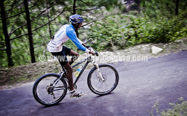 Mountain Terrain Biking, Himachal Pradesh 2011 - Day 3 - Tani Jubber to  Kullu Sarhan Folks from Indian Army and Nepal used to complete these stages very fast and difference were not very significant, while there was huge time difference between other riders...