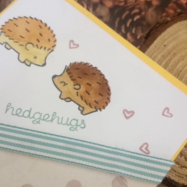[DIY Sunday] Sending hedgehugs! - Karte mit Igeln