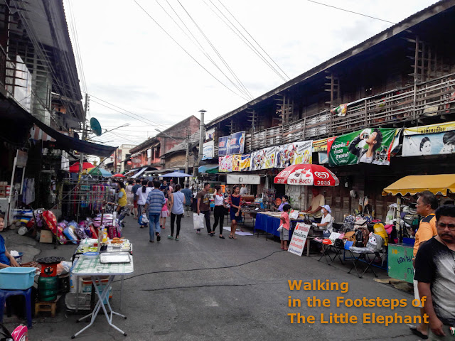 Kad Kong Ta Walking Street Market in Lampang, North Thailand