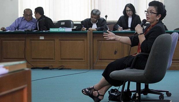 Makin ANEH KPK! Bahkan Siti Fadilah Supari Terkejut Tiba-tiba Nama Amien Rais Disebut Oleh Jaksa KPK
