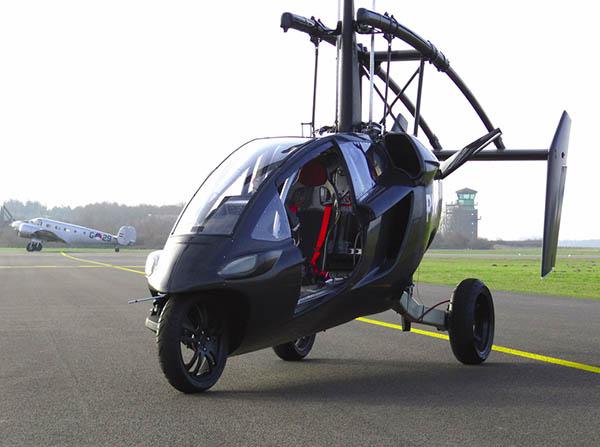 auto volador con forma de helicóptero,