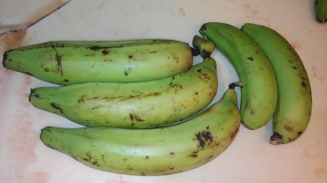 Plátanos y Guineos Verdes