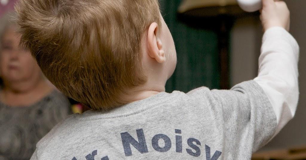 孩子在公共場合吵鬧,父母該道歉嗎?