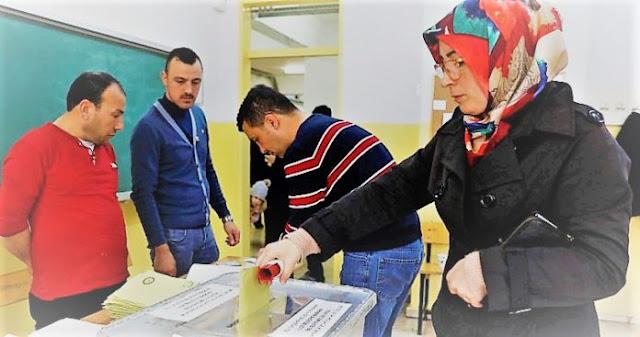 Οι τρεις Τουρκίες, η νίκη και οι επώδυνες απώλειες του Ερντογάν