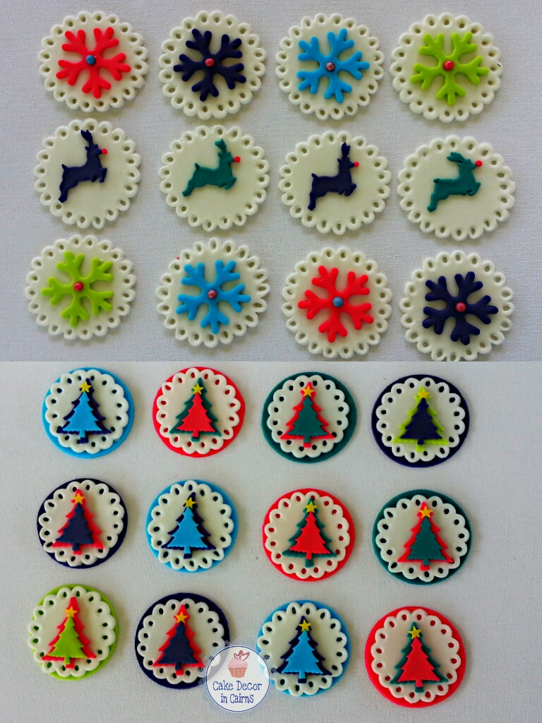 how to make fondant edible doily, scalloped edges with a circle cutter, Christmas example reindeer, snowflake, tree. Bright colours.