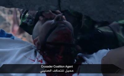 Degollado y Acuchillado por Isis