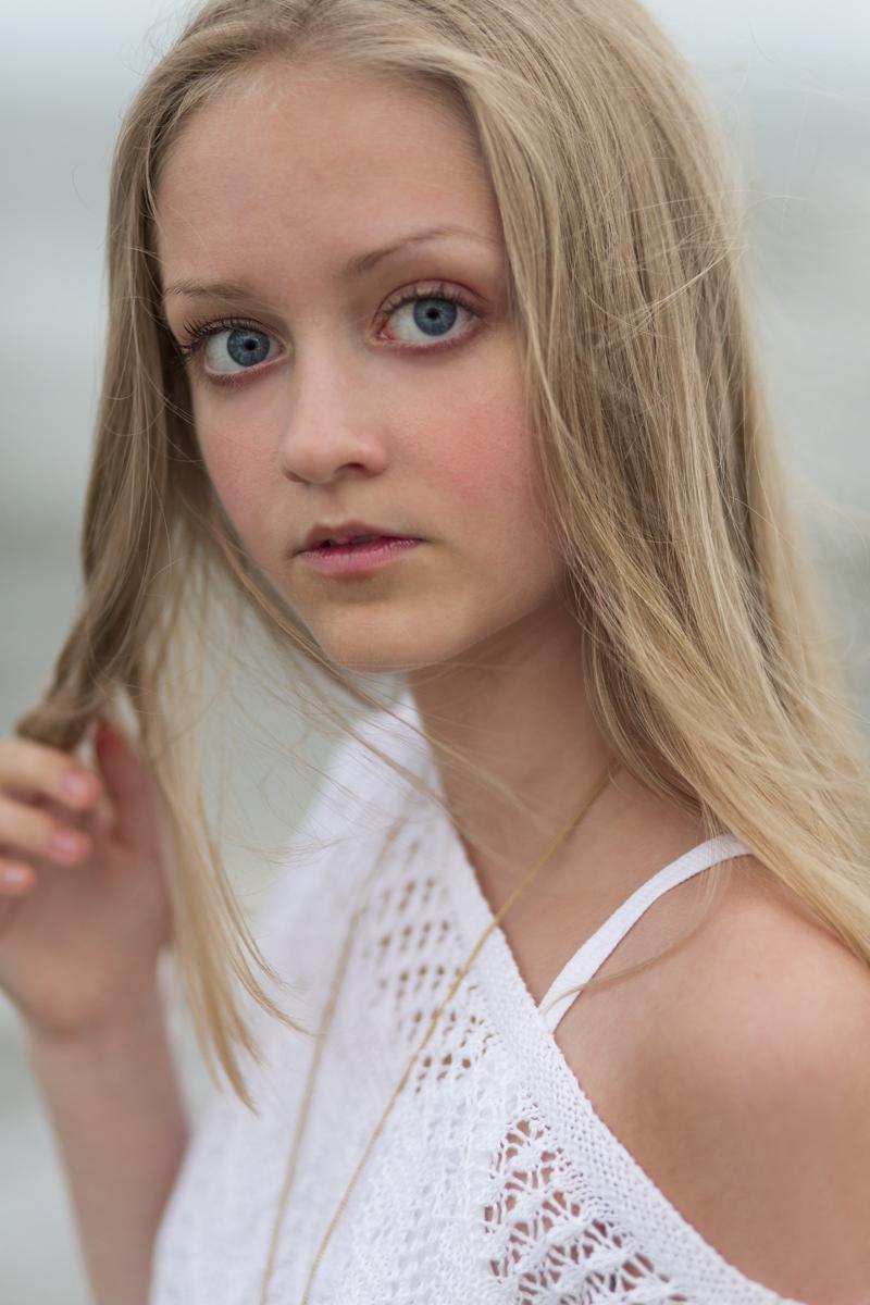 Ferry Corsten Archer Child Tween Girl Model & Fashion Blogger Head Shot