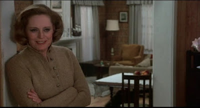 Alexis Smith - The Little Girl Who Lives Down the Lane (1976)