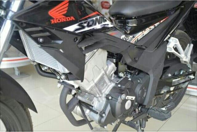 Kelebihan dan Kekurangan Motor Honda Sonic 150 Terbaru
