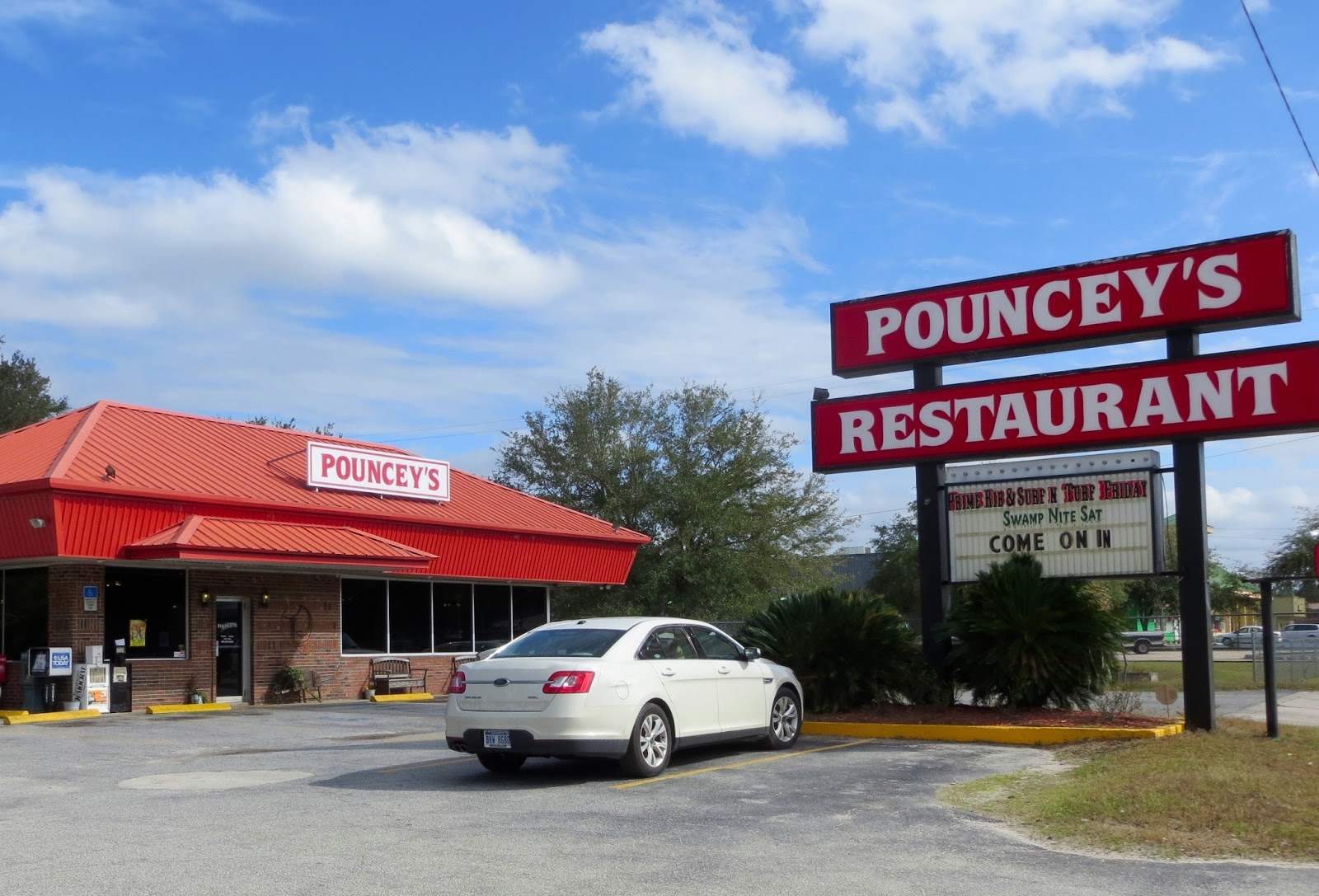 Pouncey S Is A Mom Pop In Perry Fairly Remote Town Northwest Florida We Chose It Because The Parking Lot Was Full And 80 Of Vehicles Were