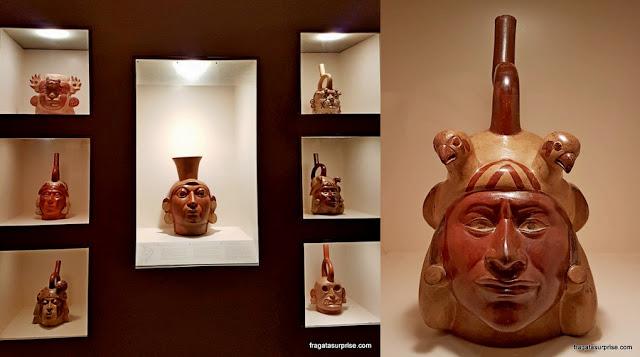 Peças da cultura Mochica no Museu Larco, Lima, Peru