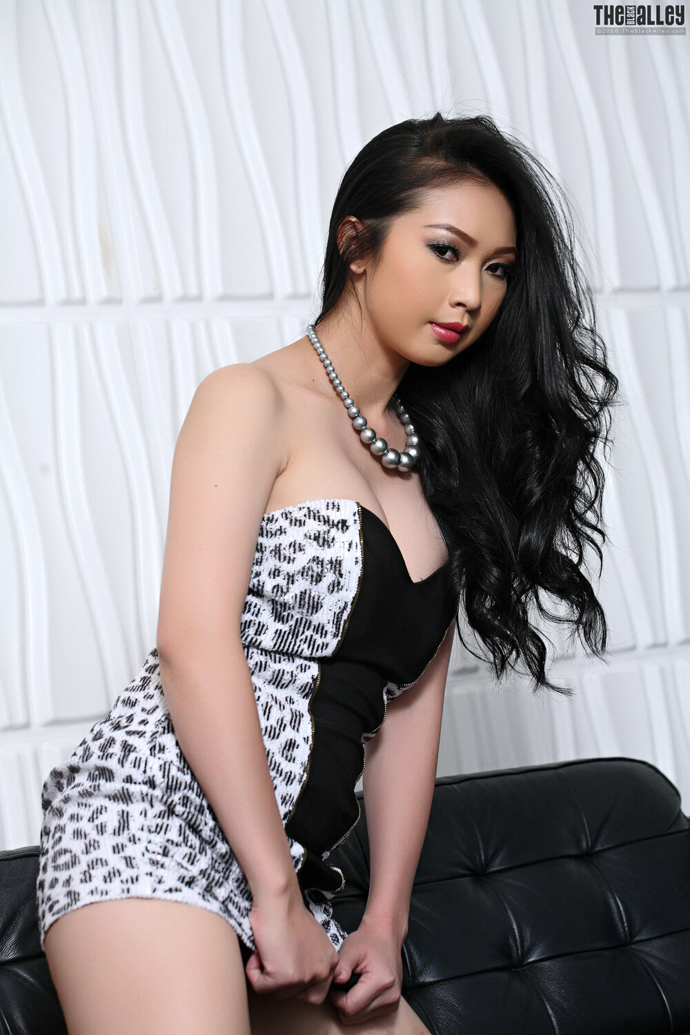 [The Black Alley] Lin Si Yee Set.18