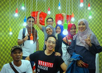 Foto Bersama di Booth Nestle Jakarta Fair