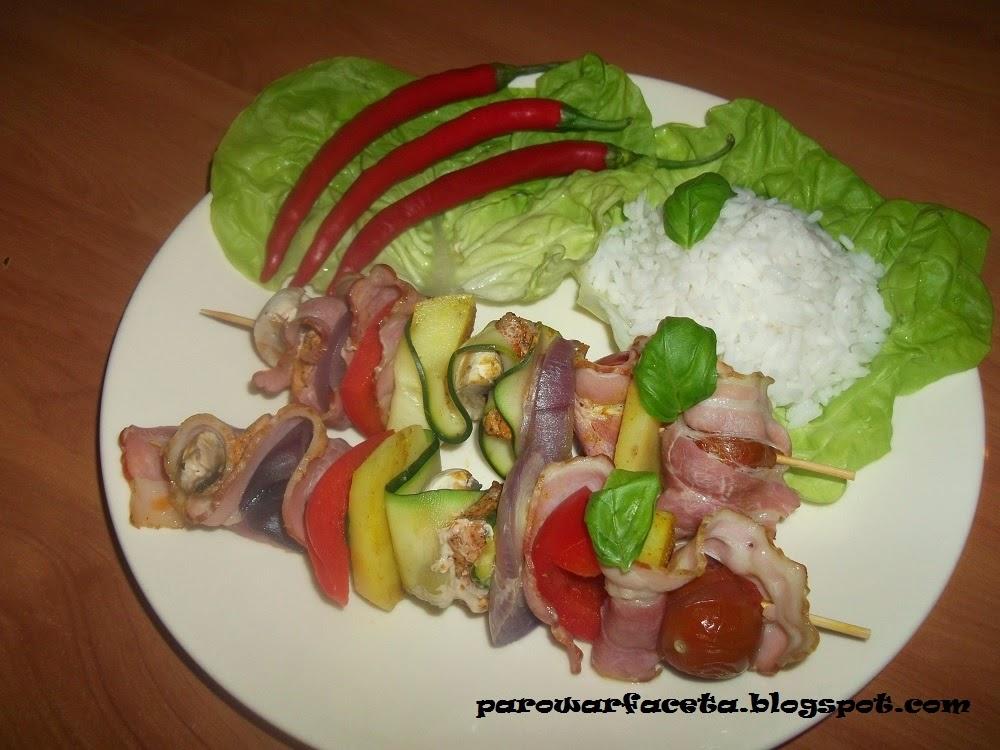 Szaszłyki z ryżem z parowaru