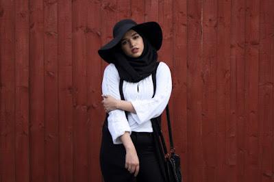 Topi Floppy yang keren untuk hijabers