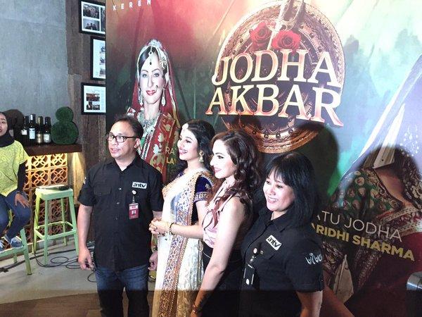 Kedatangan Paridhi Sharma ke Jakarta Disambut Meriah oleh Fans
