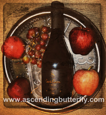 Sauvage Comsi Comsa Apple Crisp Sparkling Wine Flat Overlay with Animal Print Wine Glasses, Sauvage, Comsi Comsa, Apple Crisp, Sparkling Wine, Kosher Wines, Gluten Free Wine