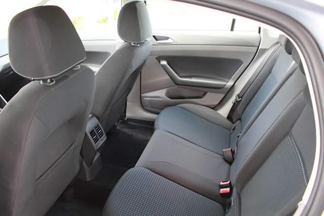 Volkswagen Virtus TSI Automático- espaço traseiro