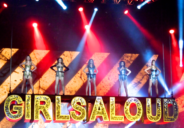 Emtalks: GIRLS ALOUD TEN REUNION TOUR - THE OUTFITS AND THE