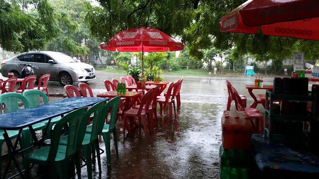 Día de lluvia en Mandalay