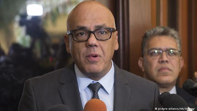 Venezuela: Gobierno acusa presiones extranjeras sobre la oposición