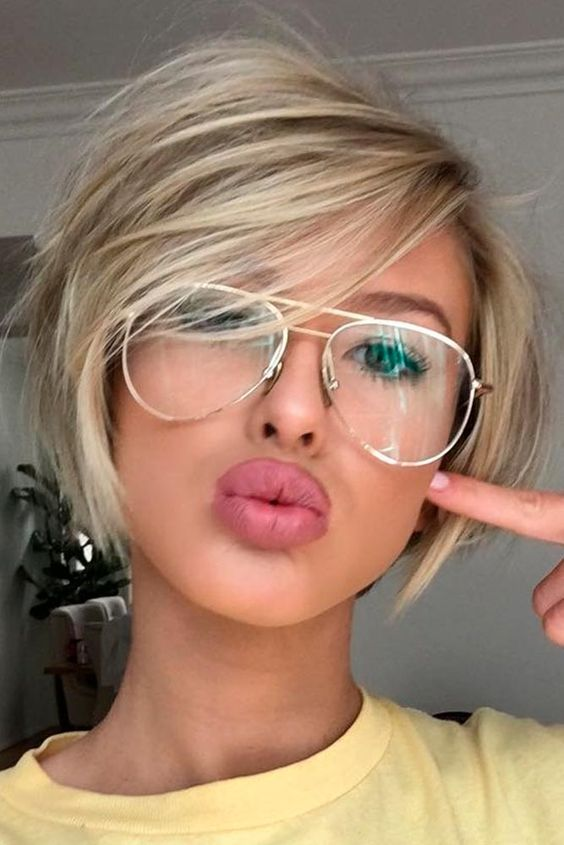 15 popular short hairstyles for round face shape blonde hair