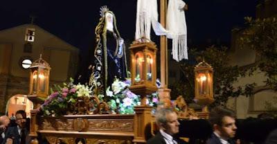 http://www.laopiniondezamora.es/semana-santa/2018/03/28/oscuridad-abre-camino/1073555.html