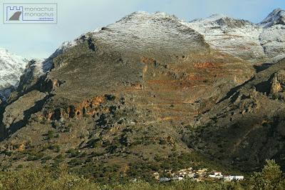 Closer look to Kallikratis' gorge, road on top of Kapsodasos village