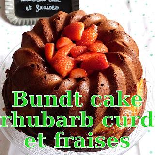 http://danslacuisinedhilary.blogspot.fr/2016/04/bundt-cake-rhubarb-curd--fraise.html
