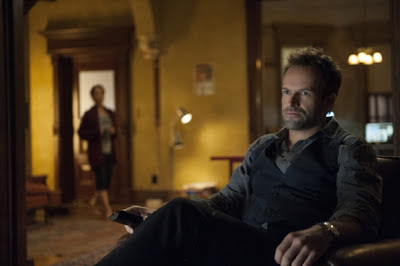 Jonny lee Miller as Sherlock Holmes in Elementary Episode # 5 Lesser Evils