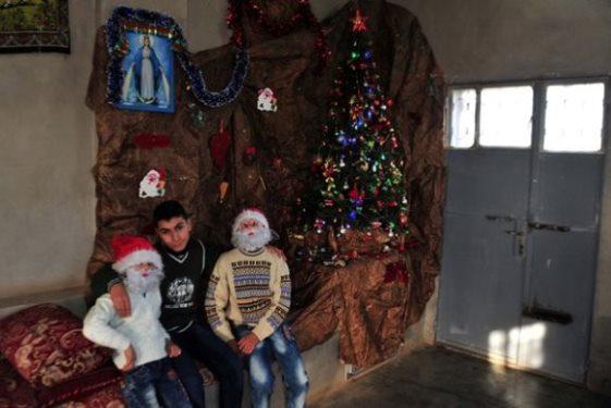 أهالي قرية صما بالسويداء يحتفلون بقدوم الأعياد المجيدة,بعد غياب جراء الإرهاب