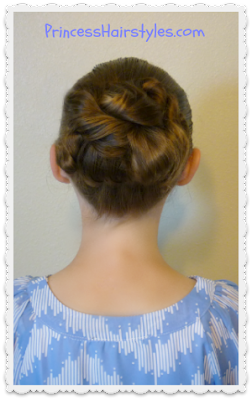Easy messy bun tutorial, second day hairstyle