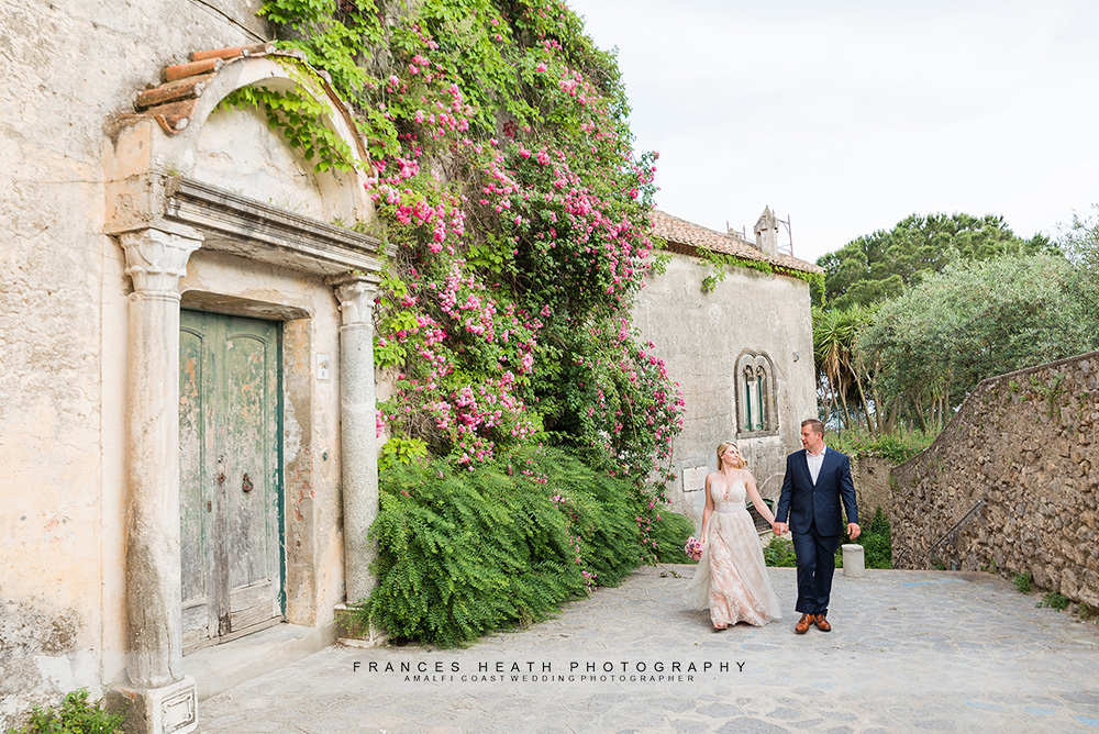 Bride and groom walking in Ravello