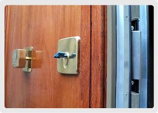 ¿Quiere instalar sistema antirrobo o puertas blindadas?