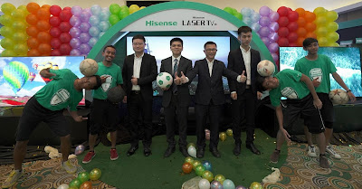 Source: Hisense. The Keep It Street crew posing together with Hisense Malaysia's spokespersons during the official launch of Hisense Laser TV, U9A and U7A in Malaysia. The executives from Hisense are, from left, Edison Li, Product Manager of Hisense Malaysia; Andy Huang, MD, Hisense Malaysia; Tan Soo Hee, GM, Hisense Malaysia and Jeremy Tang, Product Manager of Hisense Malaysia.