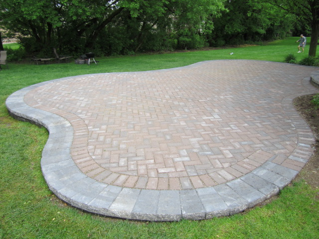 Patio Paver Base Material Laura Williams - Raised brick patio