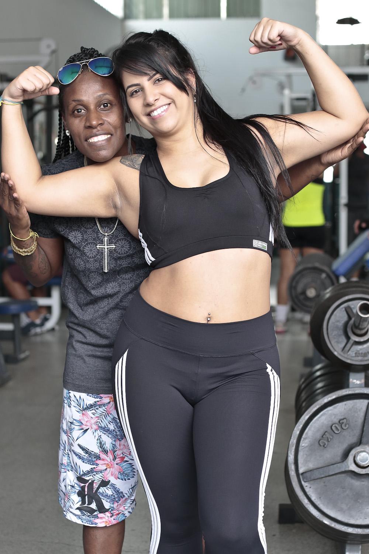 'Ela fala que me prefere bem gorda', diz Thaís Baptista, mulher de Neném