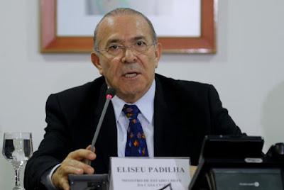 Padilha diz que preço do diesel pode subir, mas governo vai manter R$ 0,46 de desconto