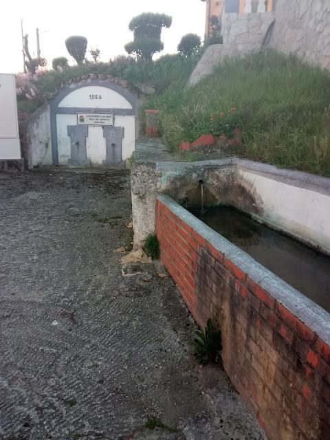 Fuente en Noreña con agua sin garantía sanitaria de la cual mucha gente bebe
