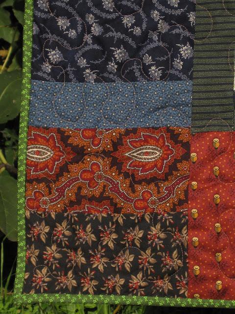 Folklore quilt border