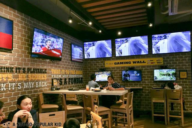 Gaming Wall of Buffalo Wild Wings