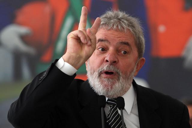 PF: Lula usou seu cargo para comandar a quadrilha...