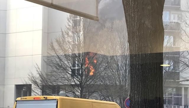 France: Incendie juste au-dessus du commissariat