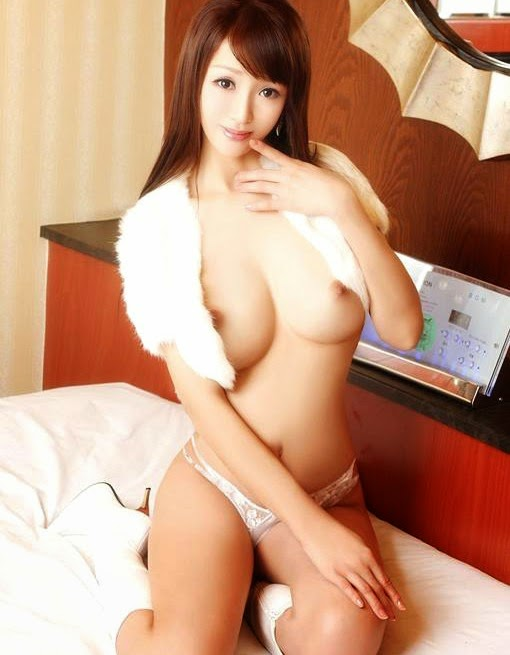 naked japanese girl in movie